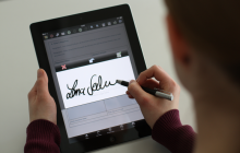 softpro_signdoc_mobile_signature_capturing_on_ipad_rdax_800x533_100